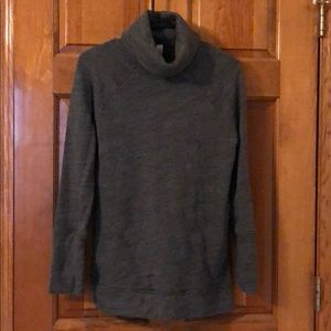 Gray lululemon sweatshirt